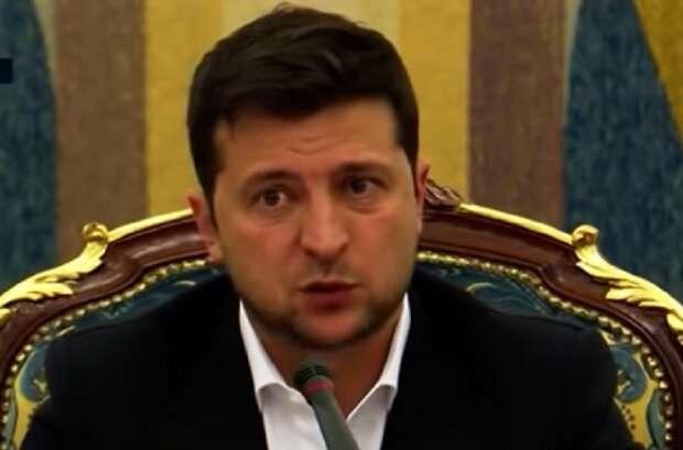 """""""Очень хотел бы"""": Зеленский планирует добиться безвизового режима с США"""